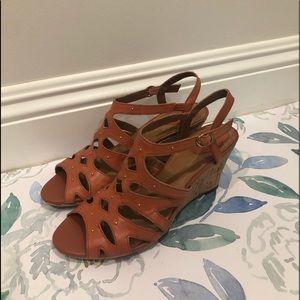 NWOT Clarks Women's Cognac Leather Sandals 8.5